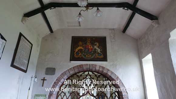 HRS 10463 Bolton village, Church of All Saints, Coat of Arms L7750036