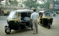 HRS 926 India, Calcutta, auto-rickshaw  1995